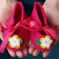 magenta-felt-baby-shoes-are-here